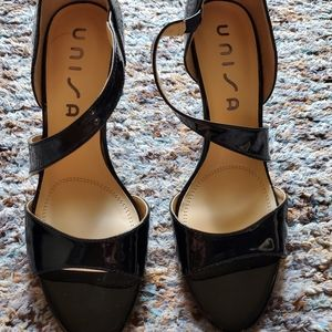 Unisa Black Patent Sandal